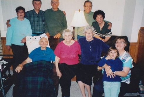 Last trip to Chicago with Ma (2004) - missing only 4 oldsters. l - r: Adua, Dennis, Dad, Elmer, Betty, Frank, Rose, Ma, Dolores with Lizzy