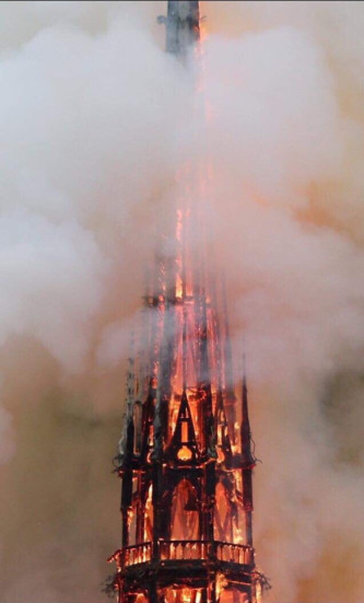 andys notre dame spire