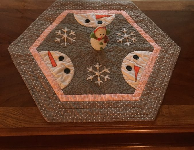 Snowman table topper from Roseanne with Flash